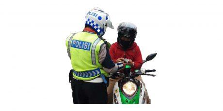 Apakah Polisi Yang Tidak Sedang Bertugas Bisa Menilang?